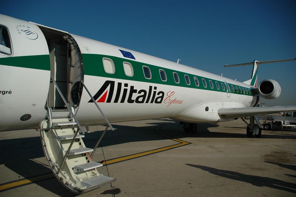 Alitalia e Turkish Airlines assumono personale di terra