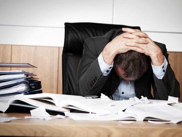 Stress: collega di lavoro sempre più presente